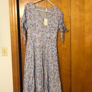 Boutique midi floral blue dress - new!